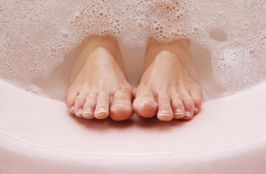 泡脚去除体内湿寒