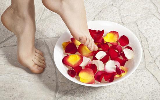 用什么泡脚可以减肥