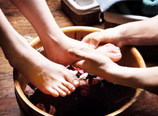 藿香正气水泡脚的功效