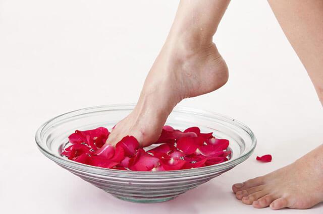 泡脚时间长了的副作用