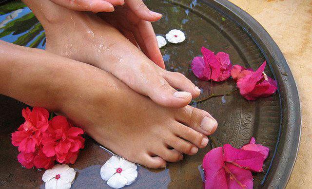 花椒生姜泡脚的功效与作用