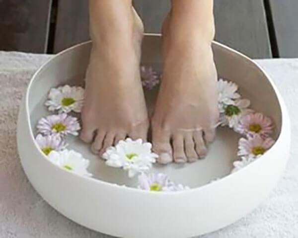 泡脚除湿气最好的方法