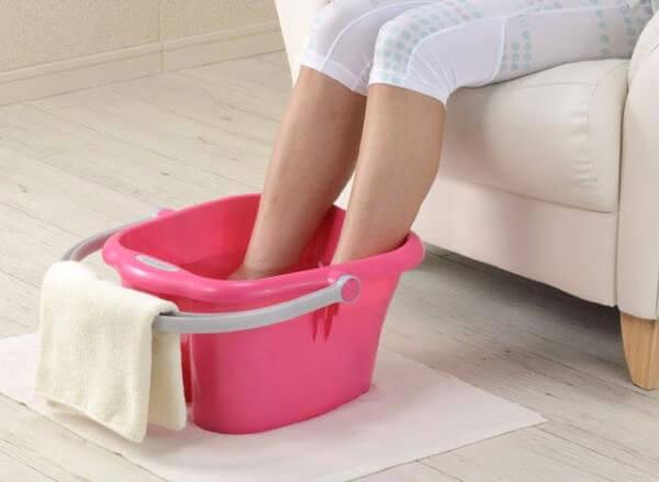 孕妇可以用热水泡脚吗