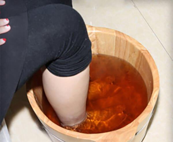 女人泡脚用什么药材好