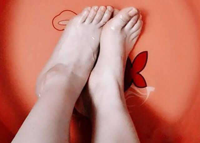 有脚气用什么泡脚最好